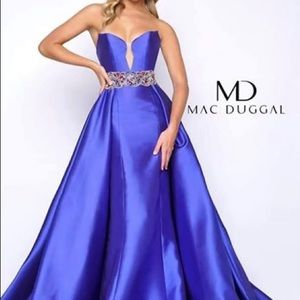 Mac Duggal size 10 evening gown